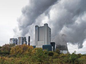 Symbolbild: Steinkohlekraftwerk Knepper gesprengt