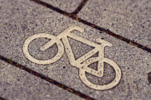 Symbolbild: Der grüne Pfeil für Radfahrer kommt nach Darmstadt