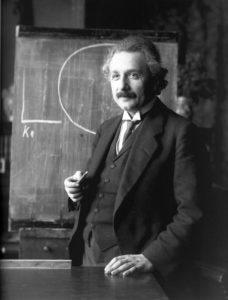 Symbolbild: Albert Einstein, Wissenschaftliche Sensation: Erstmals schwarzes Loch fotografiert