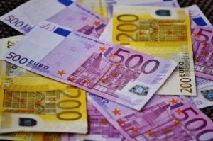 Symbolbild: Das Ende des 500€-Scheins, am 26. April wird Ausgabe gestoppt