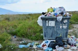 Symbolbild: Plastikmüll; 12€ Strafe für Plastiktüte in Tansania