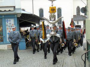 Symbolbild: Militärzeremonie Großer Zapfenstreich