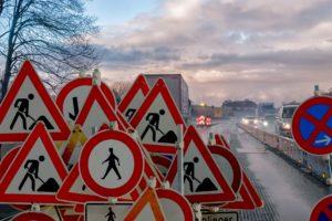 Symbolbild: Höhere Bußgelder & neue Straßenschilder - StVO-Reform