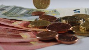 Symbolbild: Mindestlohn für Auszubildene ab nächsten Jahr