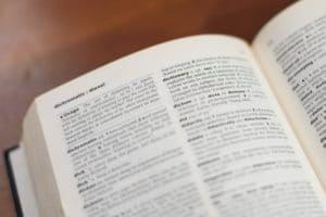 Symbolbild Wörterbuch: Respektrente: Wort des Jahres 2019