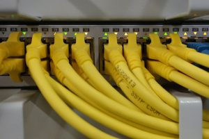 Symbolbild: Internet-Knotenpunkt bricht den 9Tbit/s Datendurchsatz