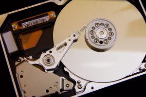 Symbolbild: NAS- vs. Desktop-Festplatten